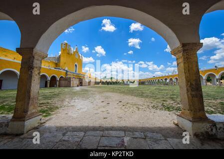 San Antonio de Padua convent in Izamal, Yucatan, Mexico. - Stock Photo