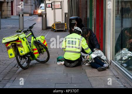 Cycle responder, Ambulance, Manchester, England, United Kingdom. - Stock Photo