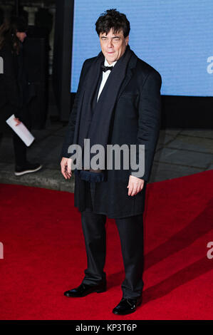 London, UK. 12th Dec, 2017. Benicio del Toro attends the 'Star Wars: The Last Jedi' European premiere at Royal Albert - Stock Photo