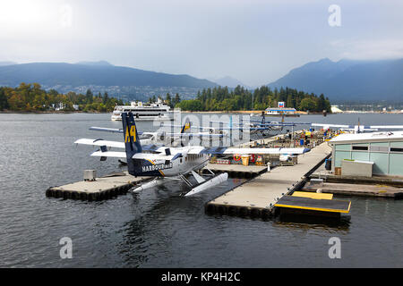 Vancouver, Canada - August 31th, 2017: A Seaplane DHC-6 DeHavilland Twin Otter of Harbour Air moored at Vancouver - Stock Photo