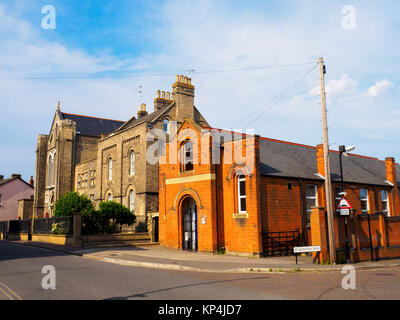 St James the Less and St Helen Church (built in 1837 and designed by Joseph John Scoles) and the Cardinal Bourne - Stock Photo