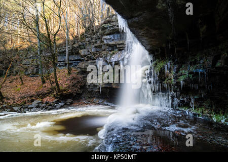 Summerhill Force and Gibson's Cave in Winter, Bowlees, Upper Teesdale, County Durham UK. - Stock Photo