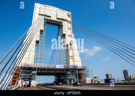 Rotterdam, Netherlands. The iconic Willemsbrug / Willems Bridge covered in protection during large, periodical maintenance - Stock Photo