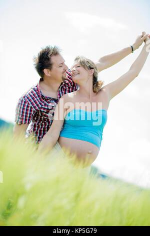 Werdende Eltern - parents-to-be - Stock Photo