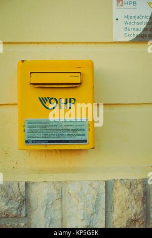 Kroatischer Briefkasten, Cres - Croatian post box - Stock Photo