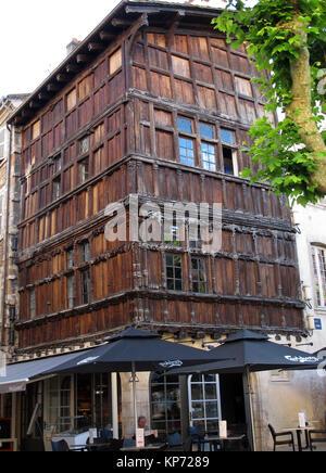 France saone et loire maconnais la vineuse near cluny - La maison de bois macon ...