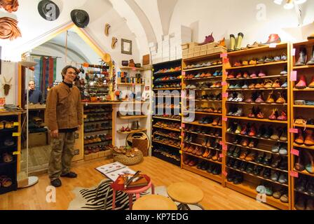 Craftsman Shoemaker in Old Town UNESCO World Heritage Site, Lyon, France, Europe - Stock Photo