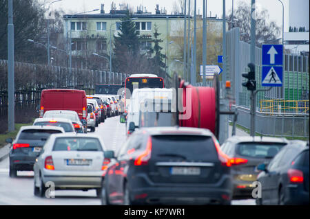 Traffic jam in Gdansk, Poland. 8 December 2017 © Wojciech Strozyk / Alamy Stock Photo - Stock Photo