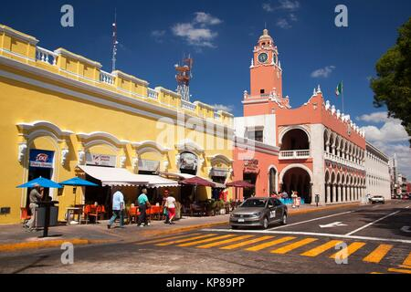 View to the Town Hall-Palacio Municipal in the city center, Merida, Yucatan State, Mexico, Central America - Stock Photo