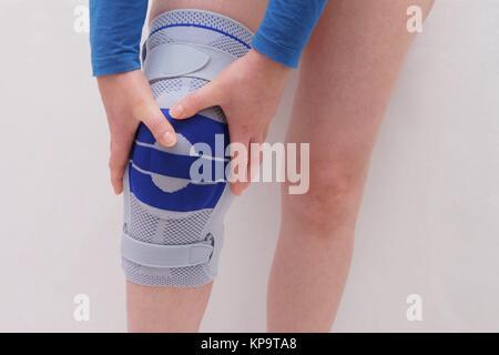 knee brace on a woman's leg