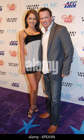 LAS VEGAS - FEBRUARY 20,2008: Brittney Palmer, Nathan Burton  arrive at the Grand Opening of Bette Midler's 'The - Stock Photo