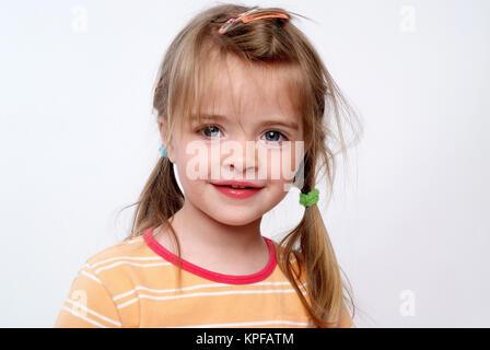 Kleines Maedchen, 3 Jahre - little girl, three years old - Stock Photo