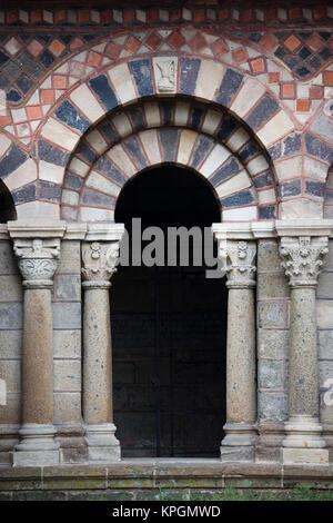 France, Haute-Loire Department, Auvergne Region, Le Puy-en-Velay, Cathedrale Notre-Dame, Cloisters - Stock Photo