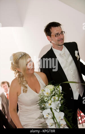 Model released , Brautpaar - bridal couple - Stock Photo