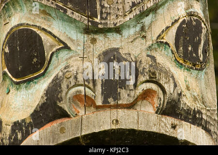North America, USA, AK, Inside Passage. Totem Pole (world's tallest) face,  in Tlingit town of Kake on Kupreanof - Stock Photo