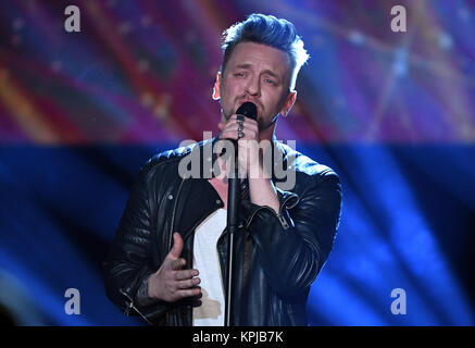 Recording of german MDR TV show 'Kulthits - Die Show mit 100 % Live Stock Photo: 140677629 - Alamy
