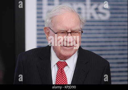 Warren Buffett arrives at 'The Post' Washington, DC Premiere at The Newseum on December 14, 2017 in Washington, - Stock Photo