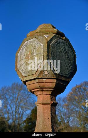 Sundial presented by Coucillor Kinloch Anderson. Inverleith Park, Edinburgh, Scotland, United Kingdom, Europe. - Stock Photo