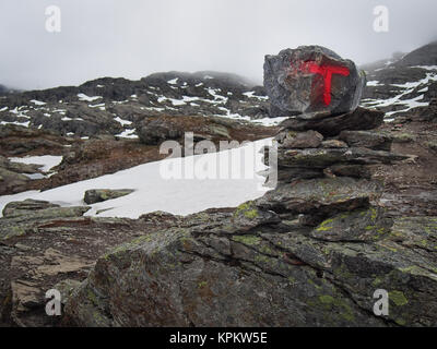 Cairn used as Trolltunga (Troll tongue) trail marker - Stock Photo