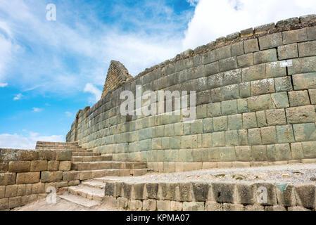 Ingapirca, Inca wall and town, largest known Inca ruins in Ecuador. - Stock Photo