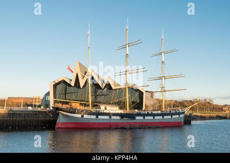 Riverside Museum - Glasgow Museum of Transport and The Tall Ship, Glasgow, Scotland, UK - Stock Photo