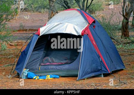 wilderness camping in the Australian desert - Stock Photo