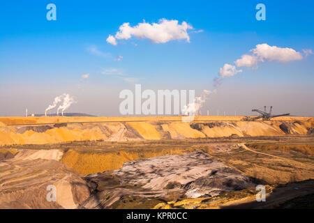 Germany, brown coal opencast mining Garzweiler near Juechen.  Deutschland, Braunkohletagebau Garzweiler bei Juechen. - Stock Photo