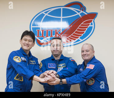 Baikonur, Kazakhstan. 16th Dec, 2017. Expedition 54 prime crew members flight engineer Norishige Kanai of Japan - Stock Photo