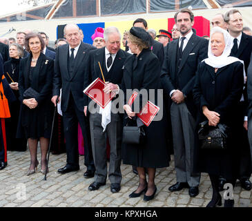 Bucharest, Romania. 16th Dec, 2017. HM King Juan Carlos I and HM Queen Sofia of Spain HRH The Prince of Wales HM - Stock Photo
