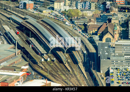 Hagen main station with rail halls and platforms, Hagen, Ruhr area, North Rhine-Westphalia, Germany, Hagen, Ruhr - Stock Photo