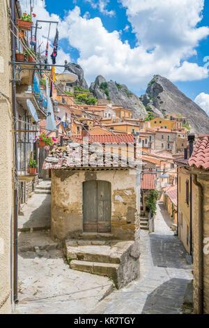Scenic view of Castelmezzano, province of Potenza, in the Southern Italian region of Basilicata. - Stock Photo