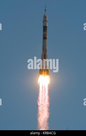 The Soyuz TMA-05M rocket launches from the Baikonur Cosmodrome in Kazakhstan on Sunday, July 15, 2012 carrying Expedition - Stock Photo
