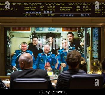 Family of the newly arrived International Station Expedition 33/34 crew members, Russian cosmonaut Oleg Novitskiy, - Stock Photo