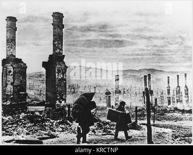 Murmansk in ruins following a number of air raids by German bombers Date: 1941 - Stock Photo