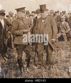Lord Haldane (Richard Burdon Sanderson Haldane, 1st Viscount Haldane) and Sir John French (Field Marshal John Denton - Stock Photo
