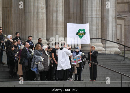 London, UK. 14th December, 2017. Survivors and families of the bereaved attend the Grenfell Tower fire memorial - Stock Photo