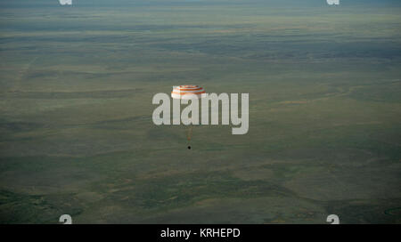 The Soyuz TMA-15M spacecraft is seen as it lands with Expedition 43 commander Terry Virts of NASA, cosmonaut Anton - Stock Photo