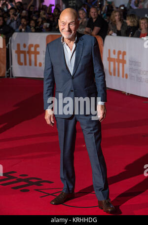 """Actor Patrick Stewart attends the world premiere for 'The Martian"""" on day two of the Toronto International Film - Stock Photo"""