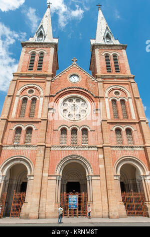 The catholic cathedral Notre Dame de Saigon. Notre Dame is one the icons of Saigon and was completed in 1880 by - Stock Photo