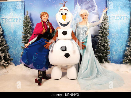 Much-loved Frozen characters, Anna and Elsa and Olaf, at an exclusive screening to celebrate the release of Disney's - Stock Photo