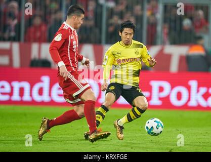 Munich, Germany. 20th Dec, 2017. FC Bayern Munich Soccer, Munich, December 20, 2017 James RODRIGUEZ, FCB 11 compete - Stock Photo