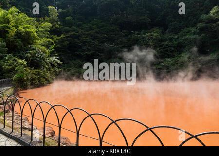 Chinoike Jigoku, hot spring in beppu - Stock Photo