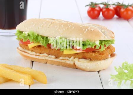 Chickenburger Chicken Hühnchen Burger Hamburger Menu Menü Menue Cola Getränk - Stock Photo