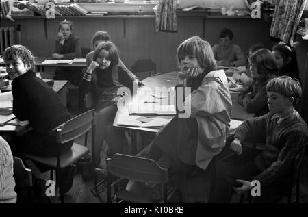 Primary school children 1970s Scotland rural community Carloway village the Isle of Lewis Highlands and Islands - Stock Photo