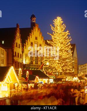 Christmas market in Romer Square, Frankfurt, Hesse, Germany - Stock Photo