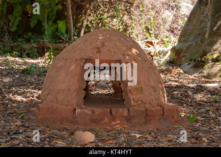 Paraguayan traditional open air oven called 'tatakua' made from brick and mud, Tobati District, Cordillera Department, - Stock Photo