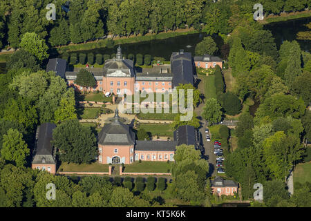 Wickrath Castle, moated castle complex on the Niers, Park, Vorburg, Mönchengladbach, Lower Rhine, North Rhine-Westphalia, - Stock Photo