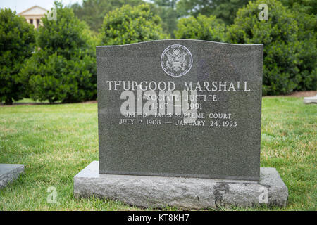 Justice Thurgood Marshall, Section 5, Grave 40-3, was appointed to the Supreme Court in 1967 by President Lyndon - Stock Photo