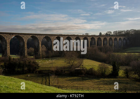Llangollen, Wales. 22nd Dec, 2017. UK Weather: The sun begins to go down lighting up the Cefn Viaduct in Llangollen - Stock Photo