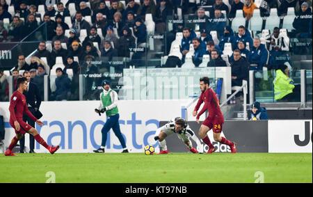 Turin, Italy. 23rd Dec, 2017. Claudio Marchisio (Juventus FC),Alessandro Florenzi (AS Roma), Massimiliano Allegri, - Stock Photo